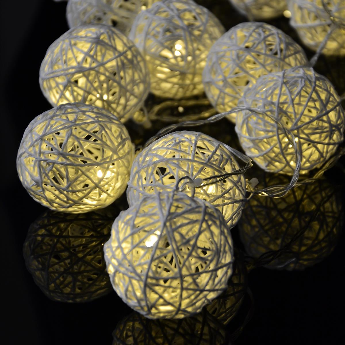 20 LED Lichterkette Ball in Rattanoptik weiß Batterie Kugel-Lichterkette Party